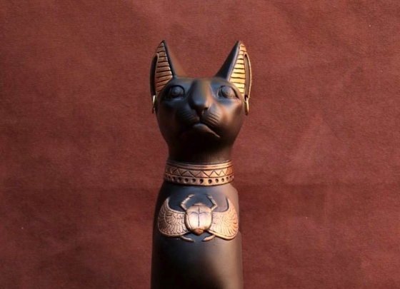 Богиня Египта Баст (Бастет) изображается в виде кошки.