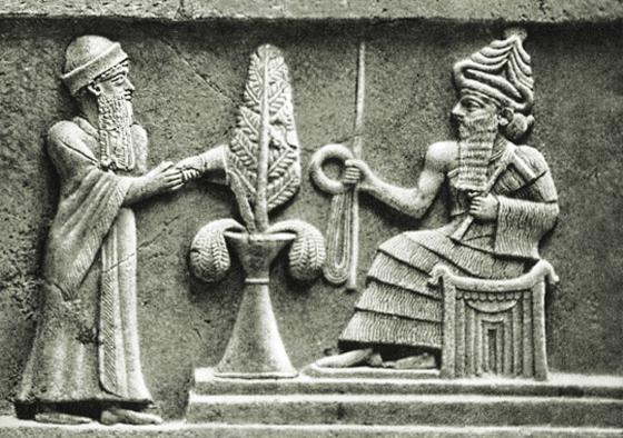 Царь Ур-Намму и бог Энлиль.