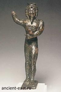 Онурис (Анхур) - бог охоты.