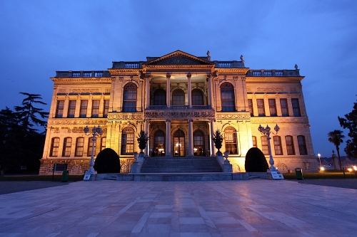 Стамбул - Долмабахче дворец музей.