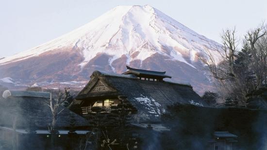Гора в Японии Фудзияма - избранное фото.