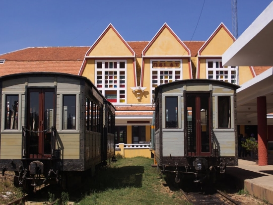 Старая железная дорога Далата и жд станция.