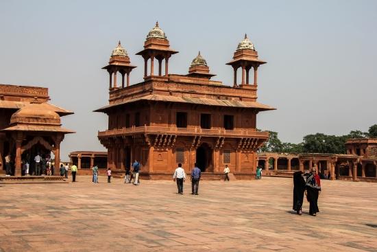 Фатехпур-Сикри - древний город.