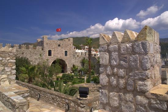 Форт Мармарис - старый замок.