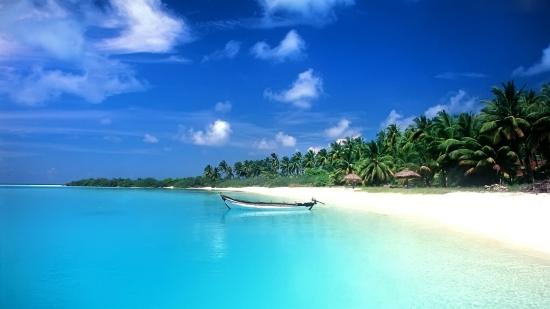 Остров Пхукет - белый пляж.
