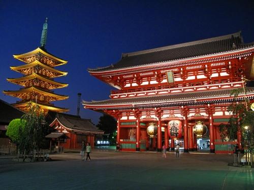 храм Sensoji - достопримечательность столицы Японии.