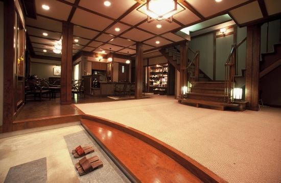Отель я Японии - классические отели.