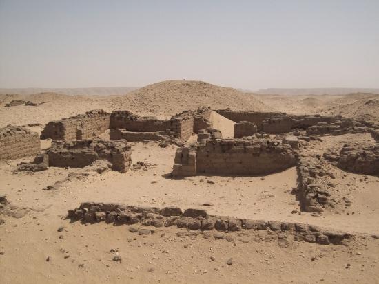 Руины древнего города Ахетатон.