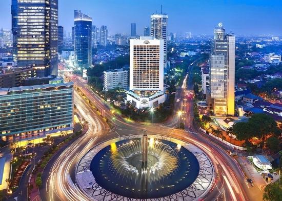 Джакарта вид на город центральная улица.