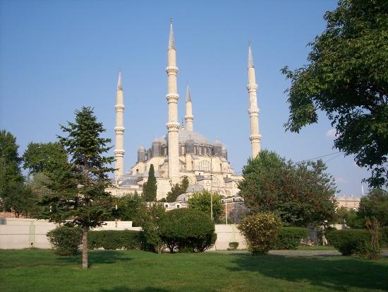 Мечеть Селимие - классика строительства.
