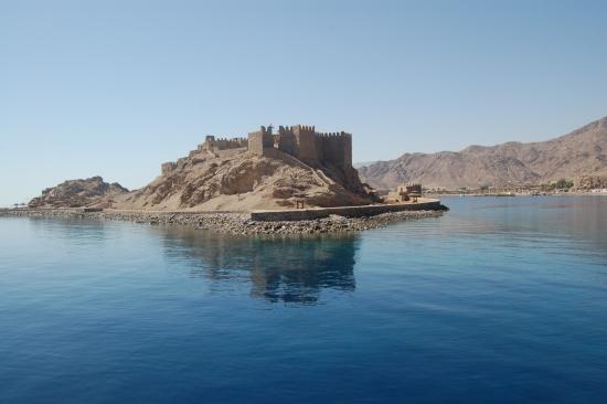 Остров Фараонов и его цитадель.