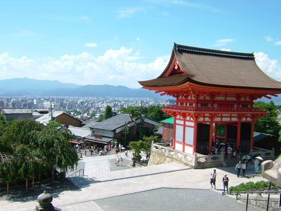 Киёмидзу-дэра общий вид  храмового комплекса.