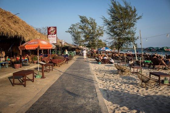 Cиануквиль это развивающийся пляжный курорт.