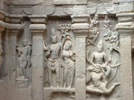 Камадева - божество любви в Индии.