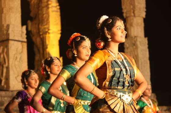 Современная индийская музыка в наше время.