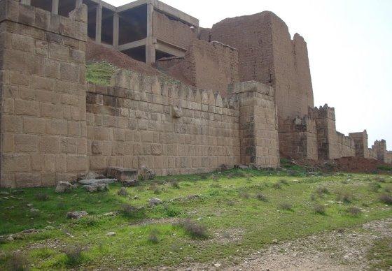 Врата Адада - от имени финикийца или египтянина расскажите о Ниневии.