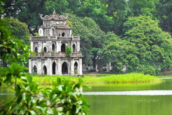 Озеро Хоанкьем - Ханой столица Вьетнама.