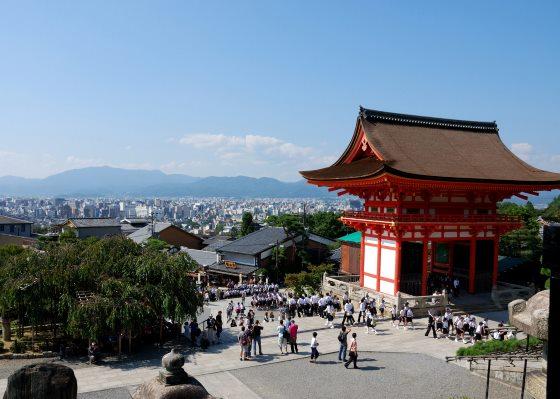 Киёмидзу-дэра храм в Киото.