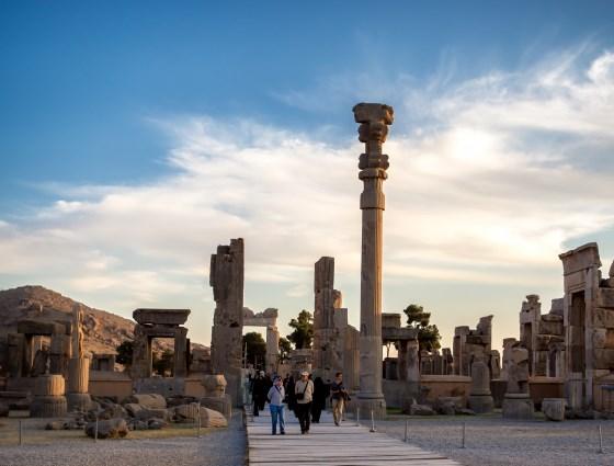 Персеполь - легендарный город в Иране.