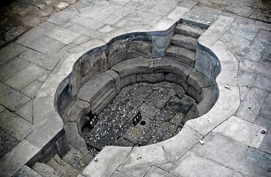 Хуацинчи - императорская купальня.