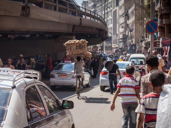 На улицах Каира бардак.