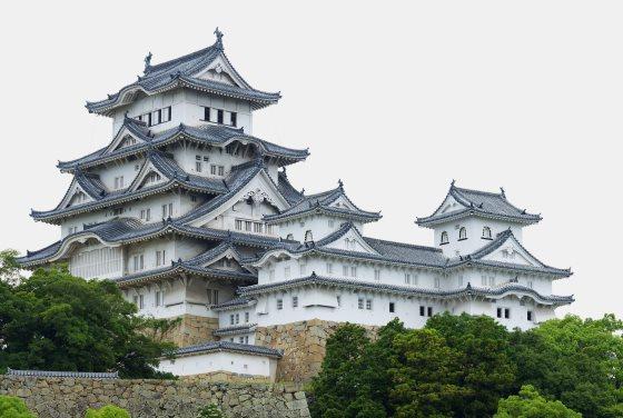 Замок Химэдзи - общий вид сооружения.