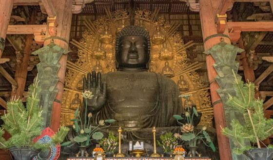 Статуя Будды - Храм Тодай-дзи –города Нара!