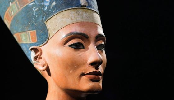 Царица Нефертити - бюст из Берлинского музея.