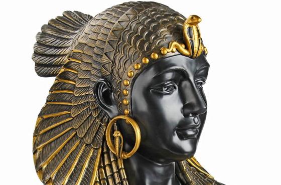 Бюст Царицы Клеопатры - современное видение скульптора.